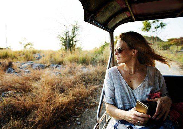 Traveler safari sunglasses