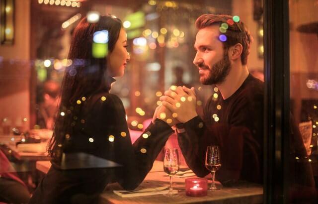Dinner couple romance RF