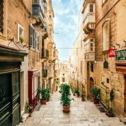 5 Shots You Need to Get When Visiting Malta (Malta Photo Ideas)