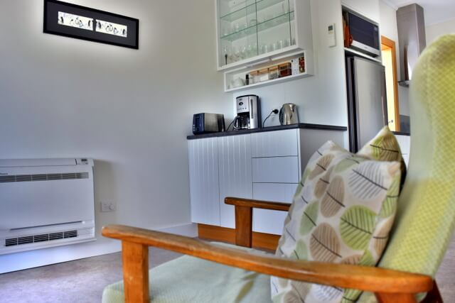 Spring Beach Glamping Tasmania Hotel Accommodation Cottage