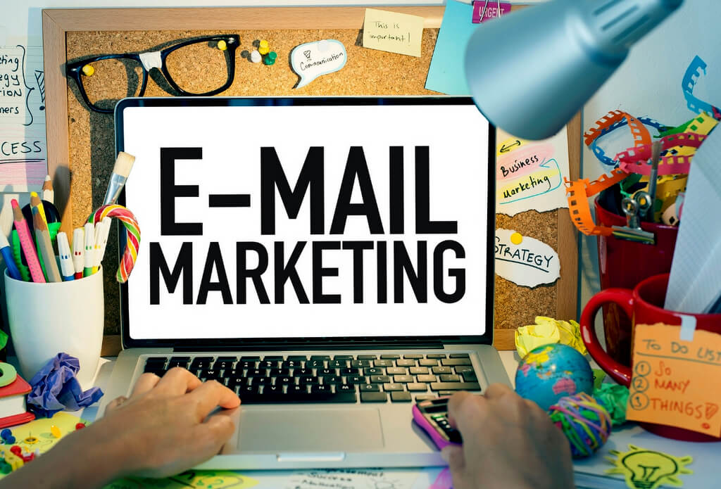 Why travel businesses should use email marketing RF