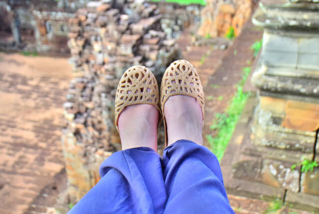 Mox perfect travel shoe review Angkor Wat