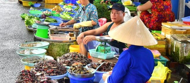 Tips for Bargaining and Bartering in Vietnam