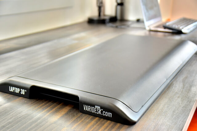 Varidesk Laptop 30 Review Compact Portable Standing Desk (12)