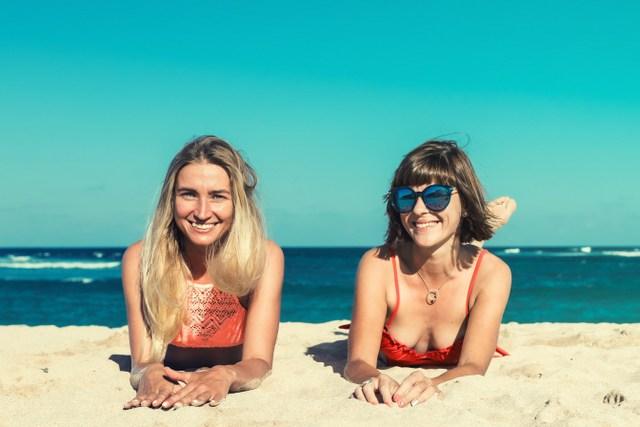 Female travelers beach RF