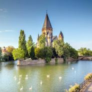 Things to do in Metz, France (A Full List of Churches, Museums, Festivals & Food!)