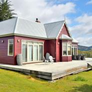 The Cape House: Our Stay in a Turn of the Century Luxury Farmhouse in Southern Tasmania