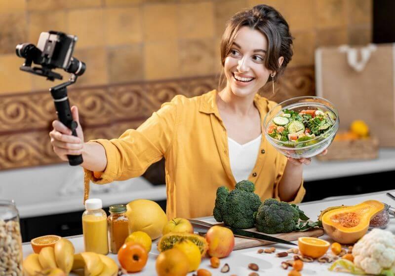 Blogging vlogging food RF