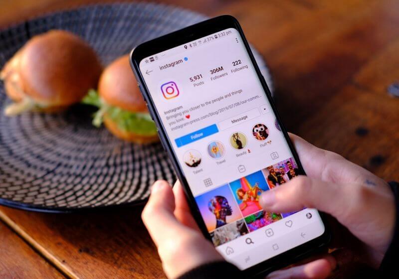 Instagram phone social media RF