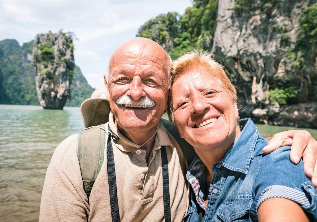 Travel couple love retirement RF