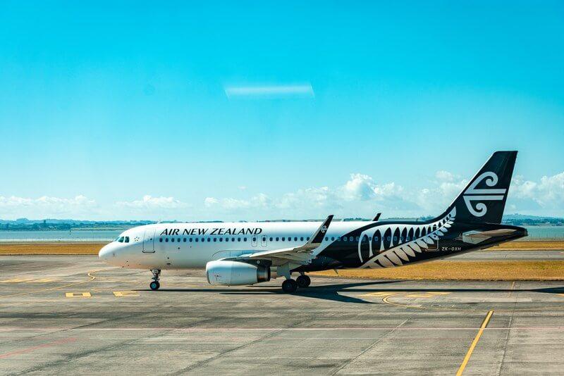 Air NZ plane airport flight RF