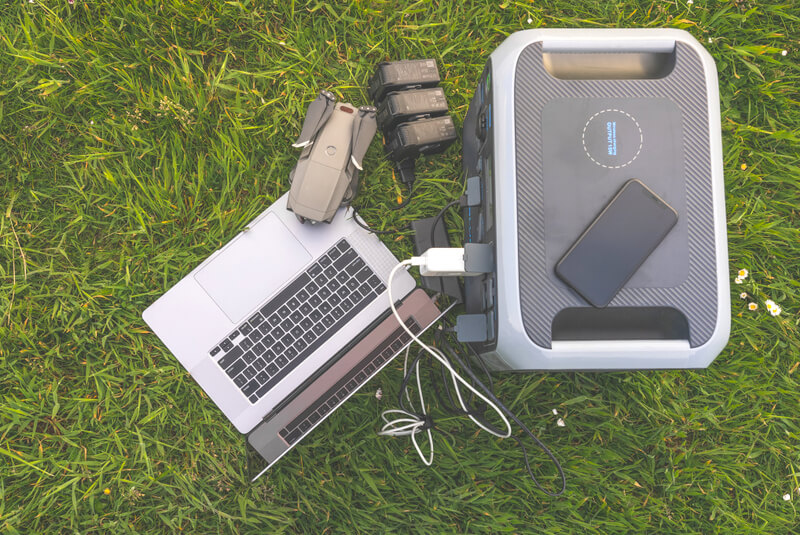Bluetti AC200P Portable Power Station Review Charging