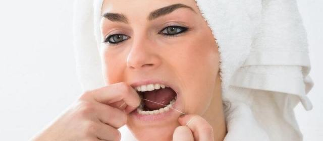 How to Deal With a Toothache While Traveling