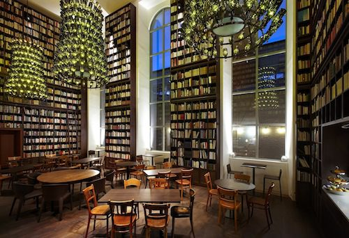 B2 Boutique Hotel Zurich library