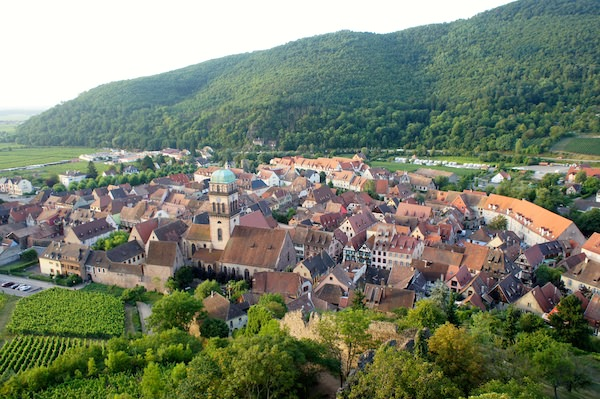 Le chambard historic hotel and gastronomic restaurant in for Hotels kaysersberg