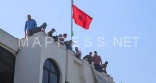 وساطات تفلح في مغادرة عشرات المكفوفين لسطح مبنى وزارة التضامن