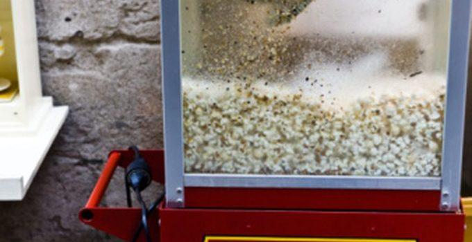 Cómo limpiar una máquina de palomitas de maíz