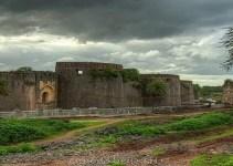 अहमदनगर किल्ल्याची संपूर्ण माहिती Ahmednagar Fort Information In Marathi