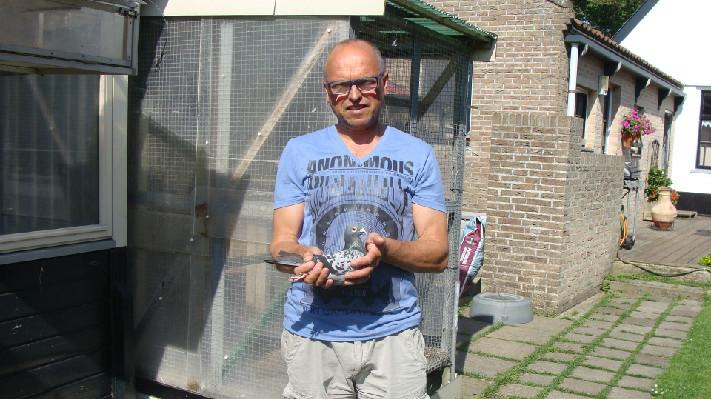 Simon IJnsen, Hollum (Ameland) pakt 388e nationaal Barcelona op de Wadden