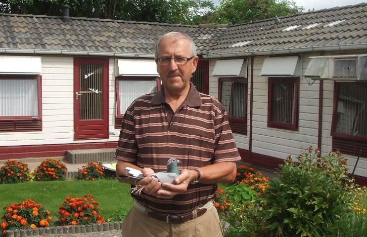 Piet Pladdet, Hoek, wint Bergerac in sector 1