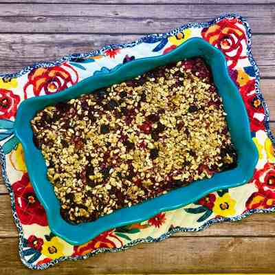 Healthy Granola Berry Crisp