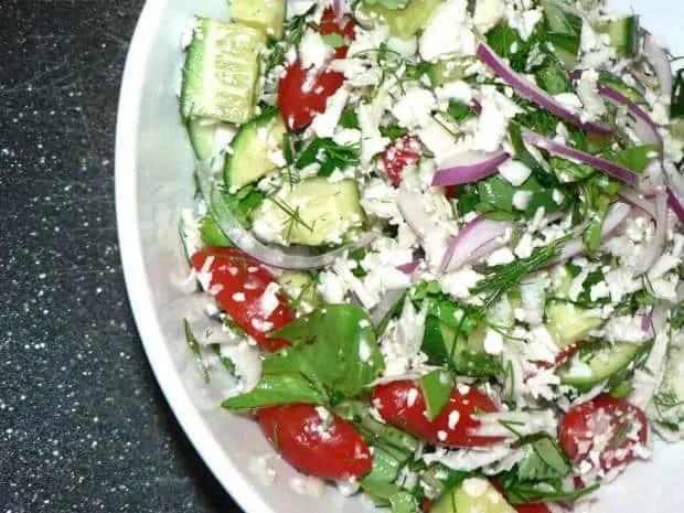 Easy cucumber tomato salad with cauliflower