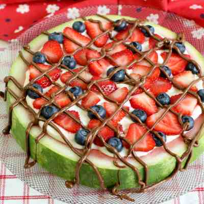How to Make Watermelon Pizza