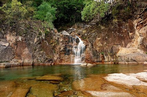 cascata-TAHITI-Geres