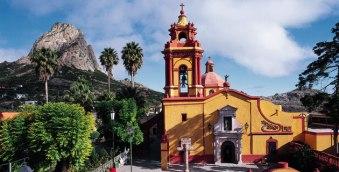 queretaro-turistico-plaza-iglesia