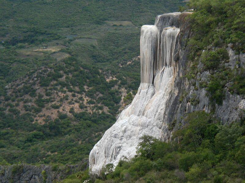 cascadas hierve el agua oaxaca