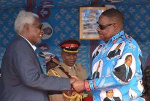 Chakuwamba with Mutharika in a recent photo