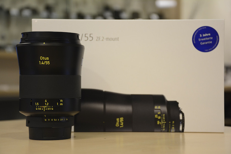 Zeiss OTUS 55mm F1.4 Distagon T* ZF.2 NikonFマウント 外箱