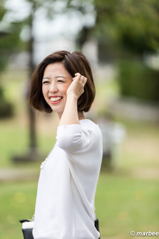 鹿嶋柚子 笑う