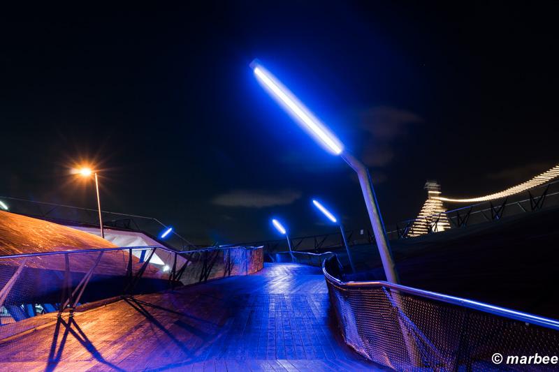 横浜の夜景 大さん橋 夜も幻想的で良い