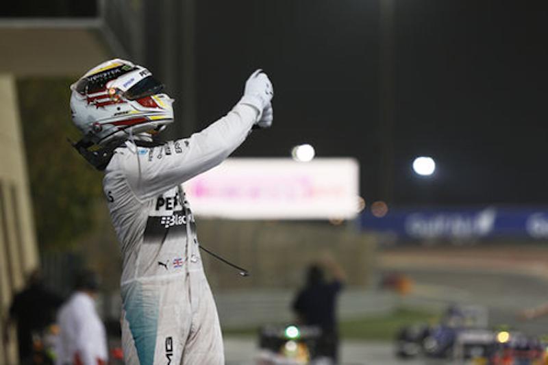 メルセデス:ハミルトンがポール・トゥ・ウィン : F1バーレーンGP