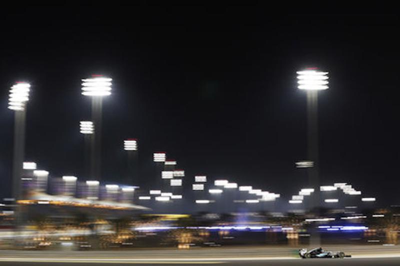 F1バーレーンGP フリー走行2回目:ニコ・ロズベルグがトップタイム