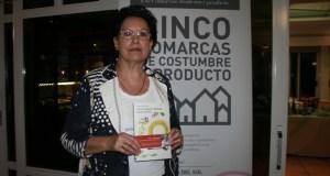 Carmen Mata, autora del libro Cocina Popular de Marbella de ayer y de hoy durante la presentación en Frutos