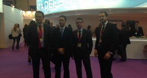 El portavoz del PSOE de Marbella, José Bernal (segundo por la derecha) este jueves en Fitur, junto a otros cargos del PSOE