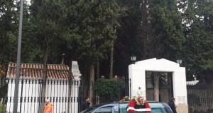 Imagen de la entrada del cementerio de San Bernabé en Marbella