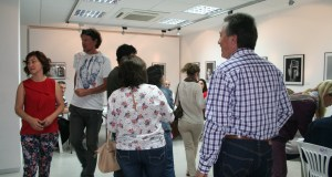 Colas para votar en el Centro Cultural de San Pedro. Foto/marbellaconfidencial.es