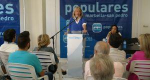 La presidenta del PP de Marbella, Ángeles Muñoz, este martes durante el Comité Ejecutivo de su partid