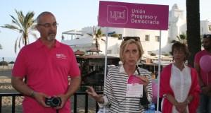 Rosa Díez este viernes en Marbella, junto al candidato a la Alcaldía por UPyD, Francisco Moreno. Foto/ marbellaconfidencial.es