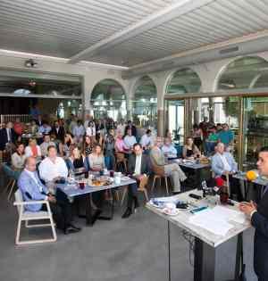 El alcalde de Marbella, José Bernal, este lunes durante el desayuno coloquio organizado por la cadena SER.