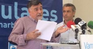 Los concejales del PP de Marbella Baldomero León (izqda) y José Eduardo Díaz en imagen de archivo. Foto/ marbellaconfidencial.es