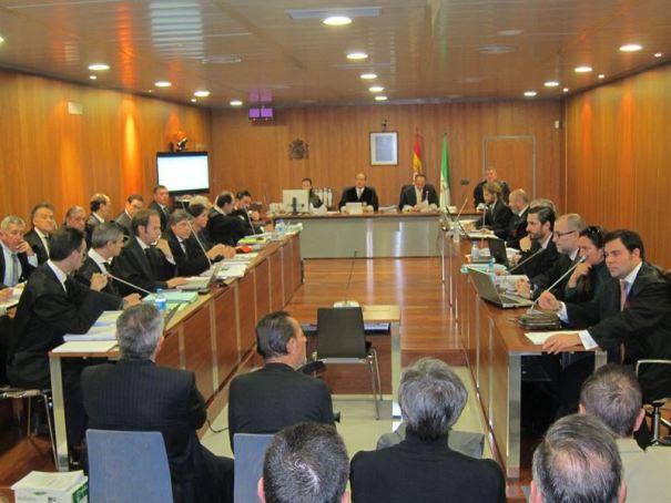 Imagen de una de las sesiones del juicio oral por el  'caso Goldfinger' que se celebra en la Audiencia de Málaga. Foto/ Europa Press