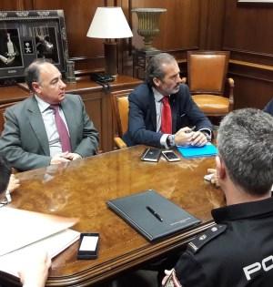 Imagen de la reunión mantenida este martes en Subdelegación del Gobierno de Málaga. FOTO/ EP