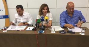 La presidenta de Apymespa, Ana García, junto a otros dos integrantes de su junta directiva, en imagen de archivo. FOTO/ MARBELLA CONFIDENCIAL