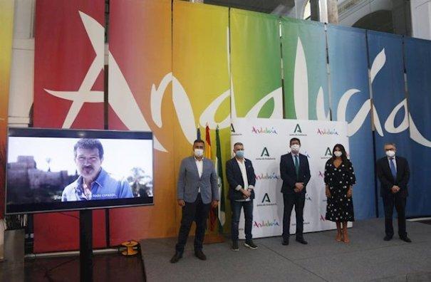 Momento de la presentación de la campaña este viernes en Málaga por parte del consejero de Turismo y vicepresidente de la Junta, Juan Marín, junto a otras autoridades. FOTO/ Junta de Andalucía