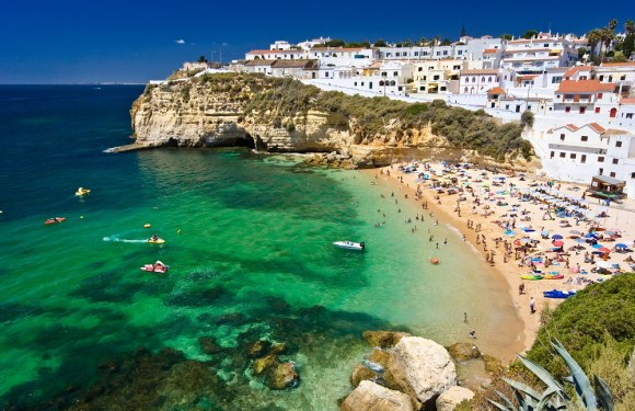 Six reasons why living in Andalucia is good for the soul With long hot summers, mild winters and gastronomic delights that reflect its history, what's not to love about life in Andalucia?