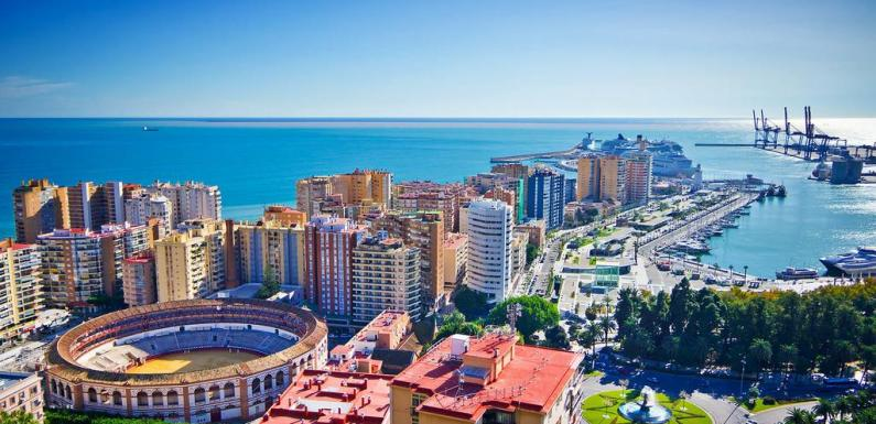 Fewer hotels in Malaga are planning to close for the winter